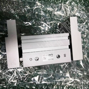 日本SMC原装正品气爪MHL2-20D